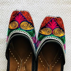 Shoes - Summer 2018 ! Twisted Lines Jutti